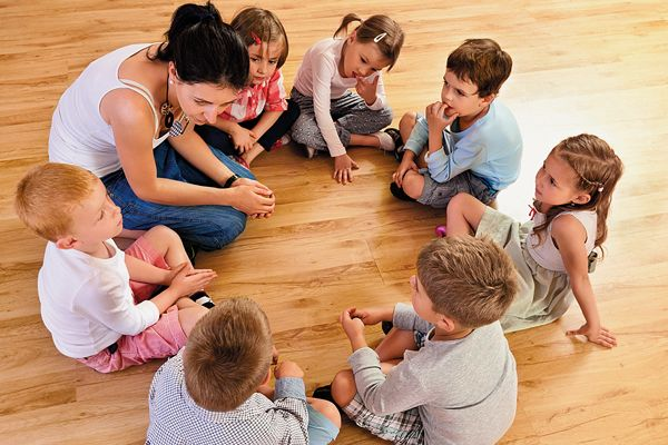 atributos Auxiliar de Desenvolvimento Infantil Prefeitura de Valinhos